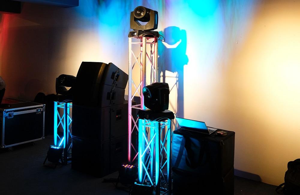 Einrichten der Heimkino-Lautsprecher für optimalen Klang